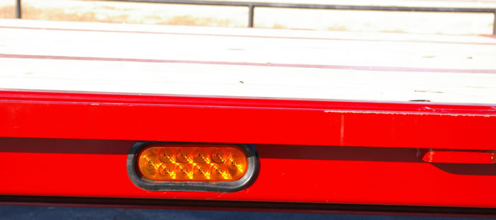 LED lights on all stock trailers – standard, plus, these are mid-shift turn signals – the center and rear maker lights flash when turning.